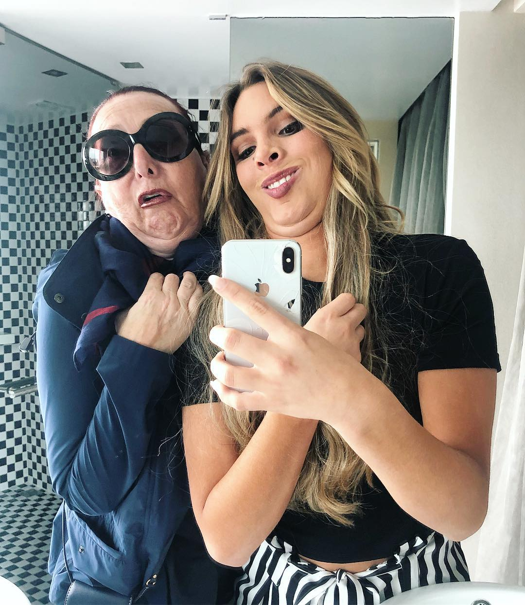 Lele Pons and mother