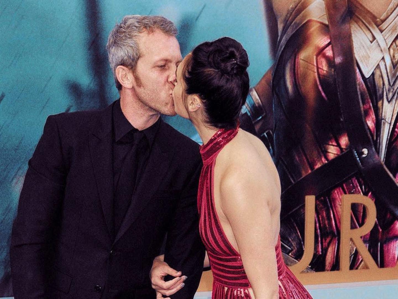 Yaron Varsano kissing Gal Gadot