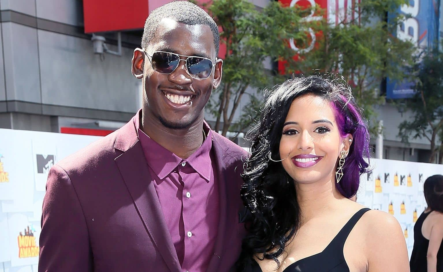 Aldon Smith and Nessa