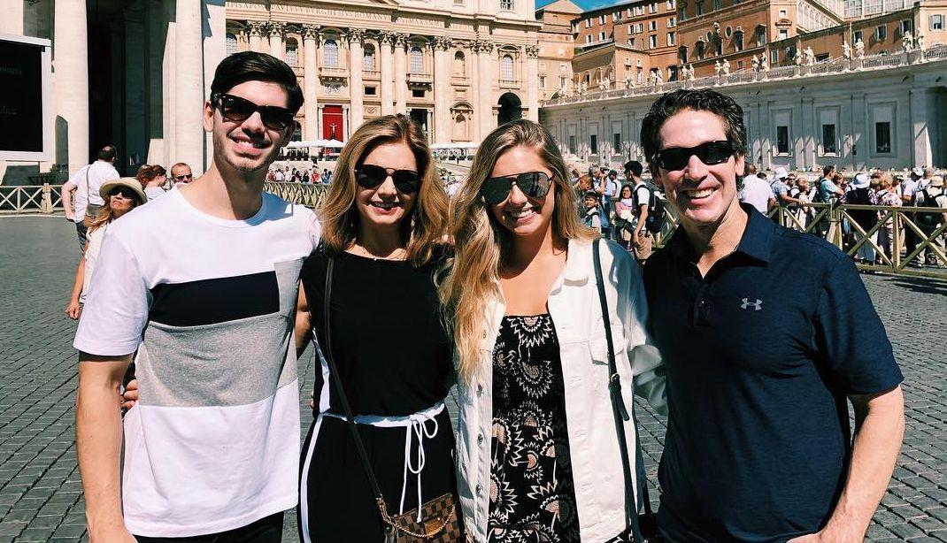 Jonathan, Victoria, Alexandra and Joel Osteen