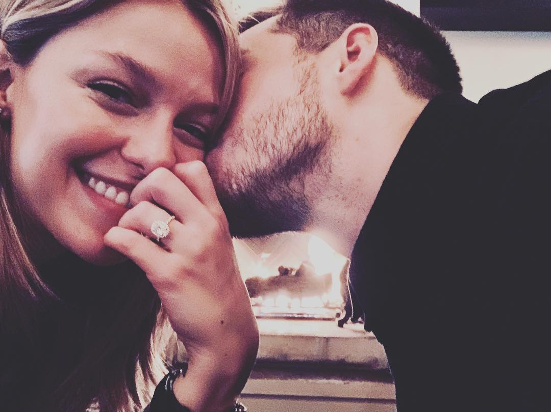 Melissa Benoist & Chris Wood'S engagement