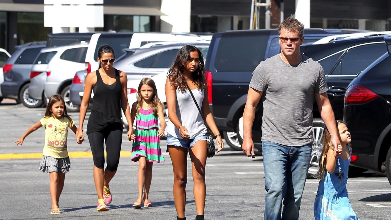 Matt Damon, wife and four daughter