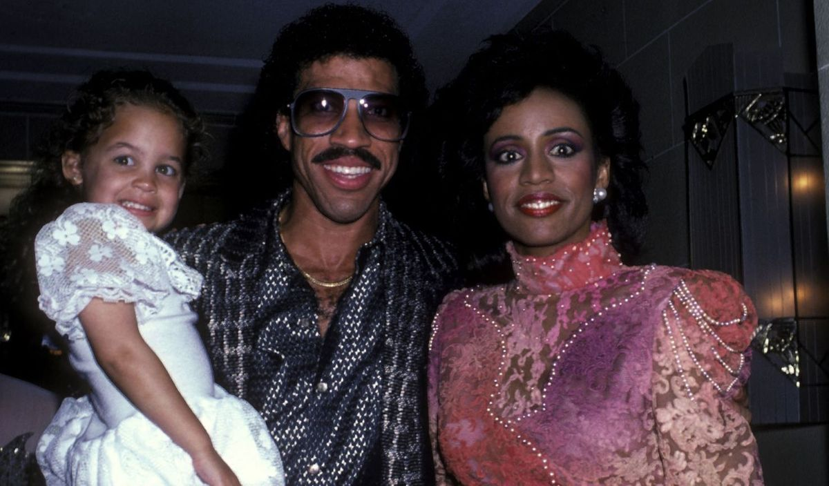 Nicole Richie, Lionel and Brenda Harvey