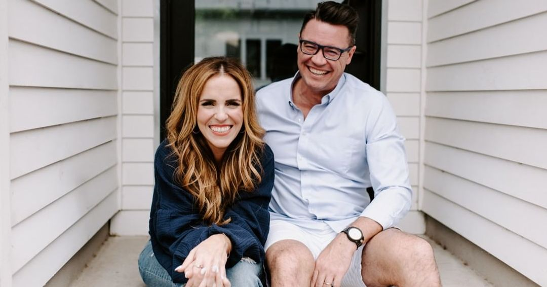 Rachel Hollis with clever, Husband Dave Hollis
